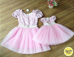 Vestido Rosa com Renda e Tule - Mãe e Filha