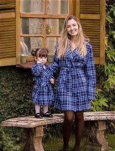 Sobre tudo xadrez azul -Mãe e Filha