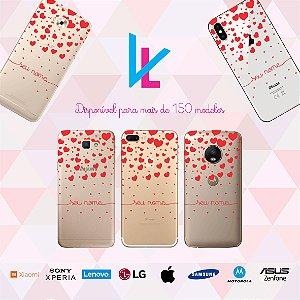Capinha para celular - Chuva de corações vermelho personalizada com nome