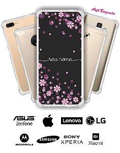 Capinha Anti Impacto - Flores lilás com nome