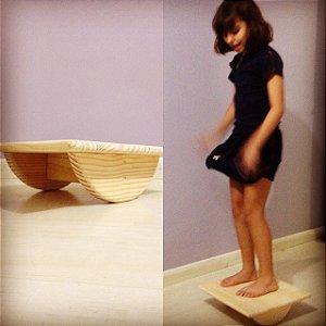Placa de equilíbrio de madeira
