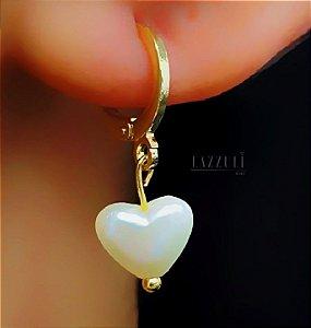 Brinco Mini Argola com Coração Pérola Banhado em Ouro18k