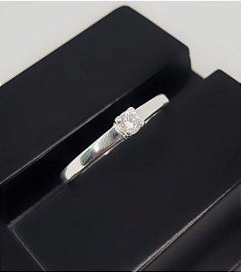 Anel Solitário Zircônia Cristal em Prata