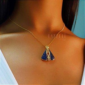 Colar Nossa Senhora com Micro Zircônias Azul 2.5 cm Banhado em Ouro18k