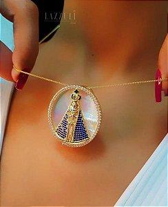 Colar Mandala Nossa Senhora Oval com Micro Zircônias e Madrepérola Banhado em Ouro18k
