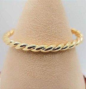 Bracelete Aberto Trançado Liso Banhado em Ouro18k (SKU: 00090294)
