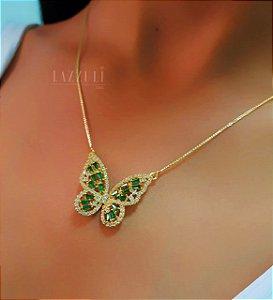 Colar Borboleta Luxury Zircônias Cristal e Baguettes Esmeralda Banhado em Ouro18k
