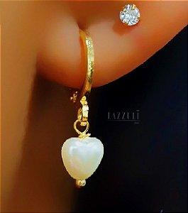Brinco Mini Argola com Pingente Pérola Coração Banhado em Ouro18k
