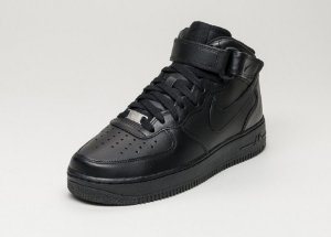 NIKE AIR FORCE 1 PRETO
