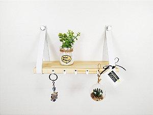 Porta chaves escandinavo pinus com couro branco