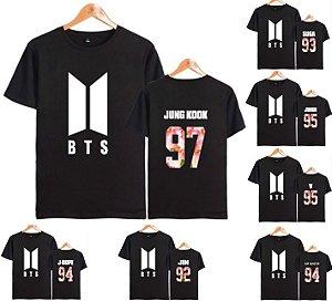 bf81c6cac0d2f Camiseta Kpop BTS Preta - Nova Logo - Várias Combinações de Cores