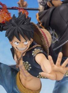 One Piece 5th Anniversary Edition: Monkey D Luffy and Trafalgar Law