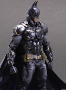 Batman - Batman: Arkham Knight - Play Arts Kai