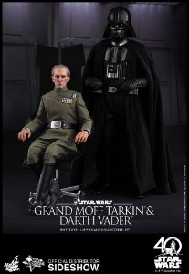 Hot Toys : Grand Moff Tarkin And Darth Vader 1/6