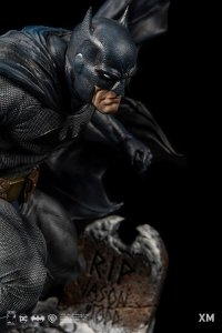 Batman: Hush - 80 Years - XM Studios