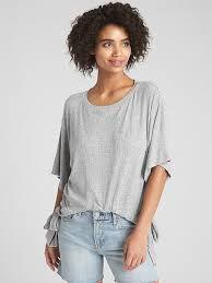 Blusa camiseta feminina de amarração e nervuras GAP