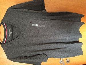 Blusa Camiseta masculina Tommy Hilfiger tamanho G