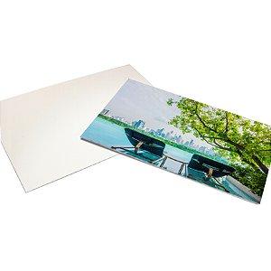 Cartão Postal - Formato 10x15 cm - Papel Couche 300gr - 4x0 Cores - Verniz Total