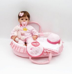 Bebê Reborn Resembling Agata com cesto