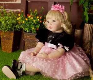 Boneca Adora Doll Donatella