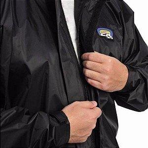 Capa de Chuva Califórnia de Nylon Forrada e Impermeável