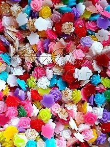 Rosas 3d  mix de cores e tamanhos mm - 30 unidades