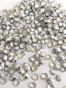 Chapinha formato concha prata 5mm - Aprox. 50 unidades