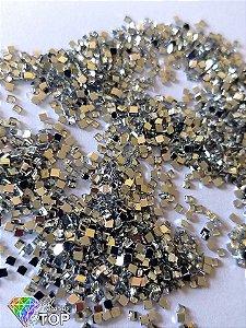 Quadradinho cristal 2mm - Aprox. 100 pcs