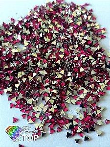 Triângulo rosa pink 3mm - Aprox. 100 pcs