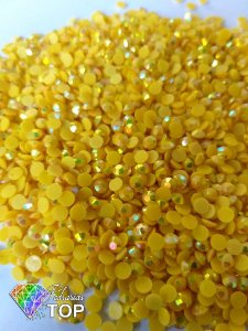 Strass nude amarelo 4mm - Aprox. 70 pcs