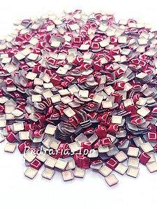 Chapinha quadrada vermelha 3mm - Aprox 100 pçs