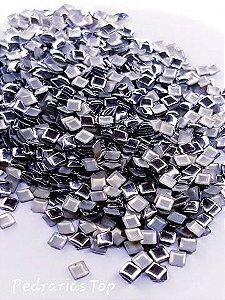 Chapinha quadrada prata 3mm - Aprox 100 pçs