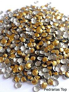 Formato concha dourada 5mm - Aprox. 50 unidades