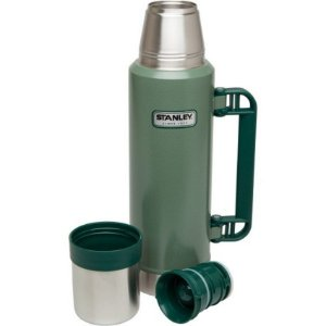 Garrafa Classic Inox Verde 1,3L C/Rolha Precisão Stanley