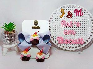 Aplique Cupcake em Biscuit para laços e tiaras