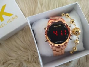Kit com 5 Relógios Femininos Digitais Mk + Pulseiras folheadas e caixinhas