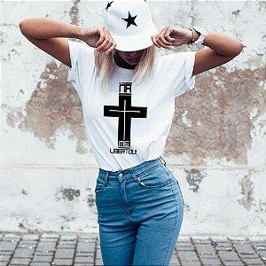 Camiseta T-shirt Feminina na Cruz