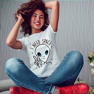 Camiseta T-shirt Feminina Need Space