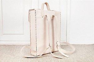 Bolsa Backpack - Feita a mão em Florianópolis em couro natural