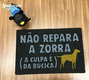 Capacho (Tapete) em Vinil Não Repara a Zorra