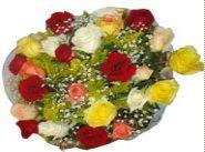 Bouquet de flores com 12 rosas