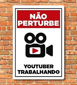 Placa Não Perturbe YouTuber