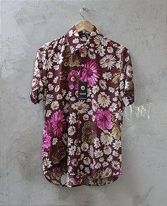 Camisa de Botão Marrom Margaridas