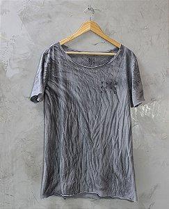 Camiseta Gola Canoa Cinza B.R.A.
