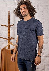 Camiseta Gola Tradicional com Bolso Azul