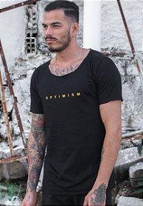 Camiseta Canoa Preta Optimism