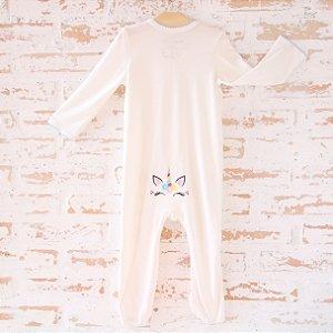 Pijama orgânico - com pezinho - Bordado Unicórnio