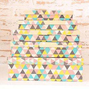 Caixa de Presente - retangular Baixa Kraft Triângulo Colorido (1 unidade 16 x 26 x 4,8cm)