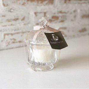 Pote de vidro com vela perfumada