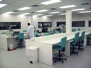 Móveis para Laboratório de Análises Clínicas